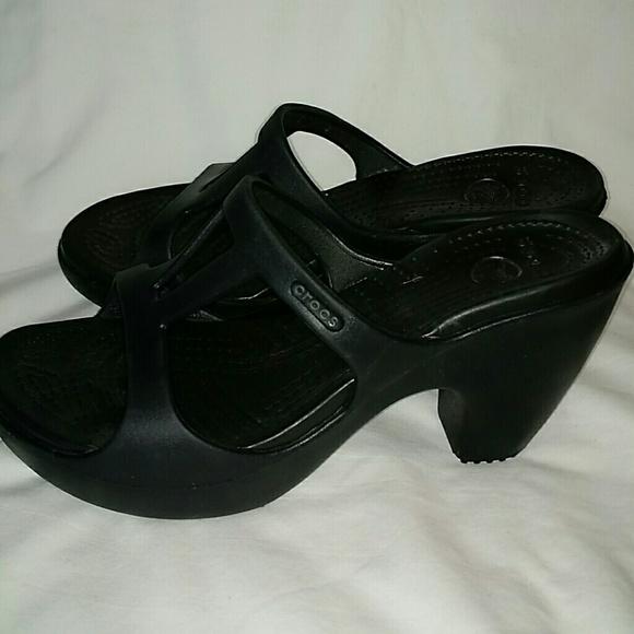 164ea0c99555 CROCS Shoes - Women s Crocs black